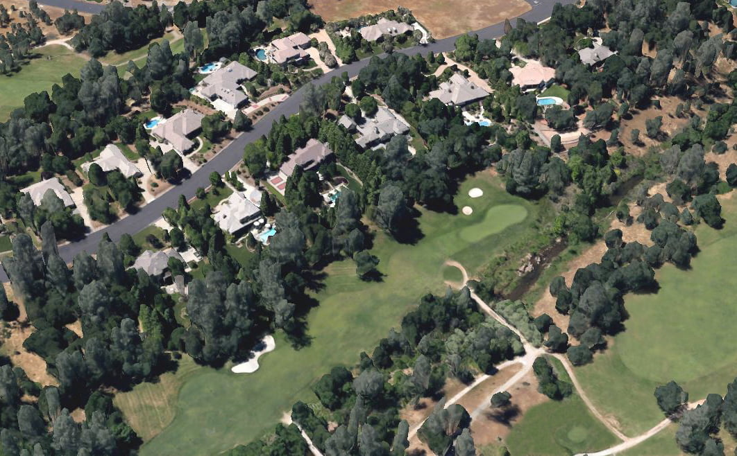 aerial view of tierra oaks estates - homes and golf course (showing parts of holes 1 & 18)